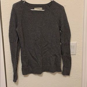 Women's lone sleeve sweater